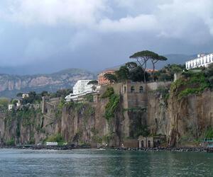 Sorrento-Napels-zeilen-Italië